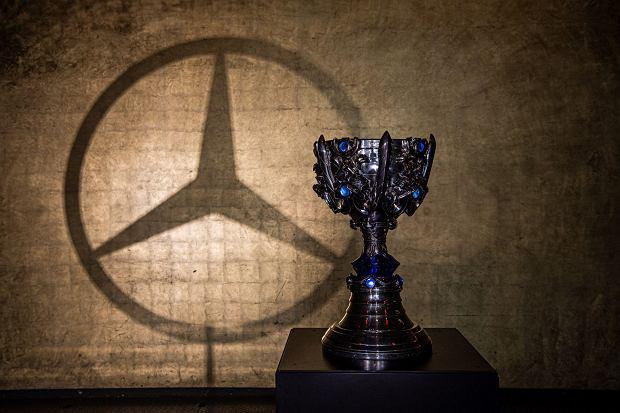 Mercedes najbardziej wartościową marką motoryzacyjną w rankingu Brandirectory