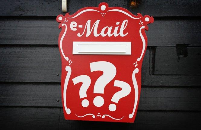 O czym jest najstarszy e-mail w Twojej skrzynce?