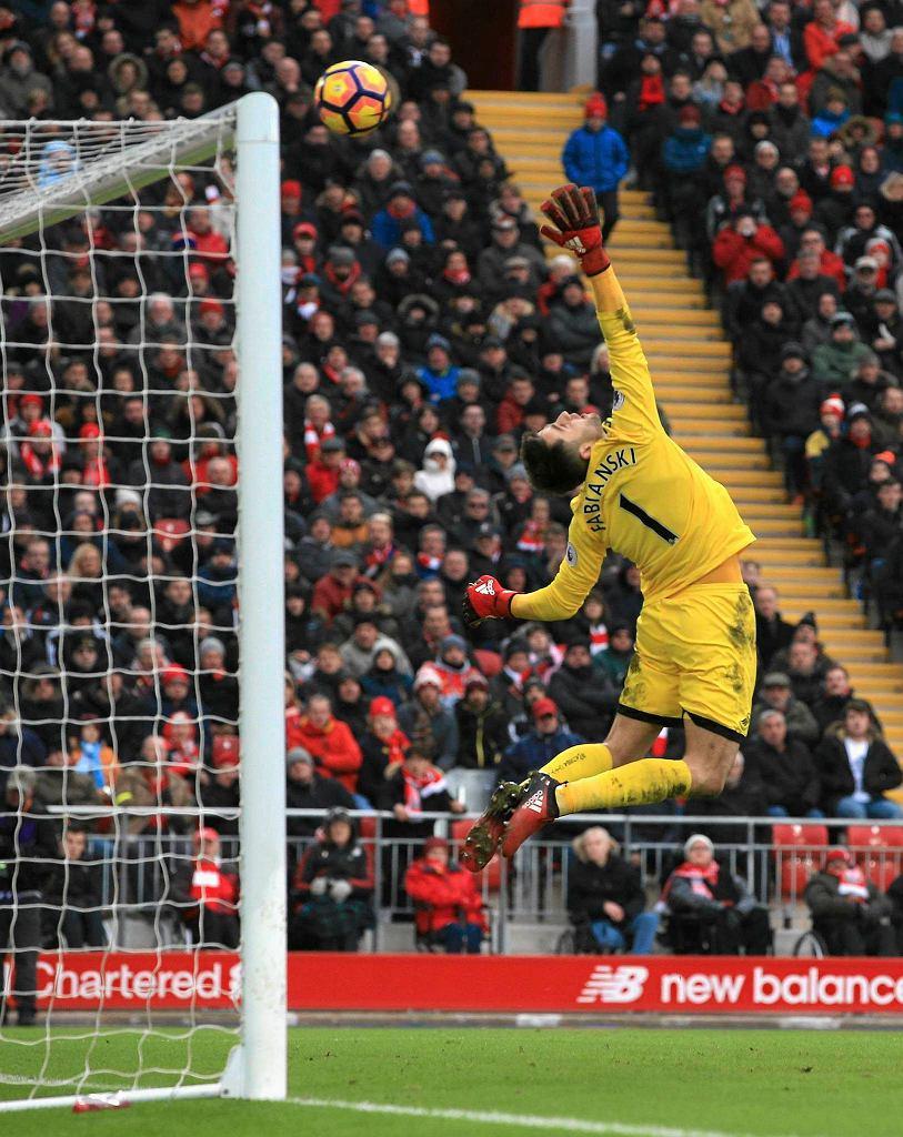 Łukasz Fabiański w meczu Liverpool - Swansea