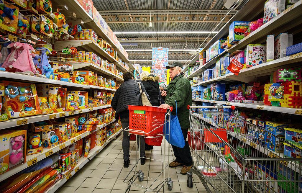 Przedświąteczne zakupy w Centrum Handlowym Auchan, ul. Modlińska Warszawa