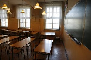 """Religia w szkołach wzbudza coraz więcej kontrowersji. """"Absolutnie i kategorycznie nie powinno jej być w szkole"""""""