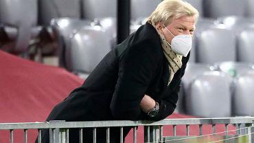 To koniec gwiazdy w Bayernie. Kahn tłumaczy: Rozwinęliśmy mu czerwony dywan