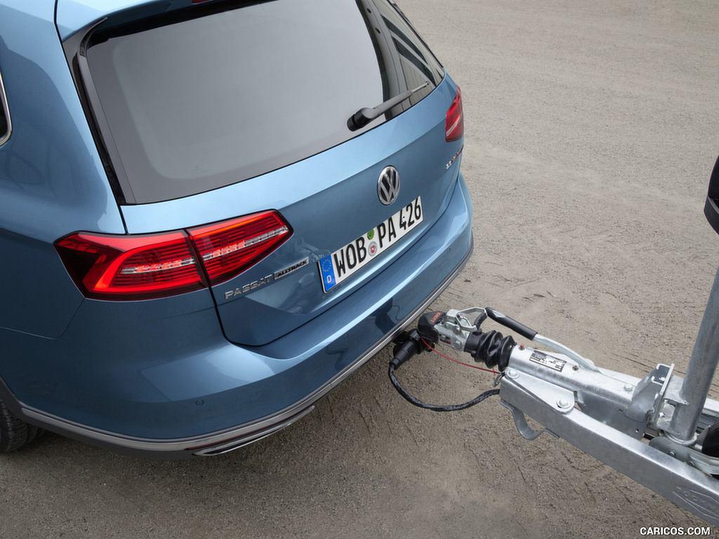 Volkswagen Passat Alltrack (przed liftingiem)