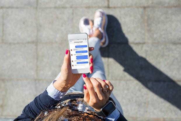 Uzależnienie od mediów społecznościowych staje się coraz powszechniejsze (fot. Shutterstock)