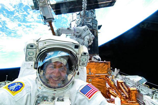 Kosmiczne posiłki i inne rozrywki. Jak wygląda życie w kosmosie?