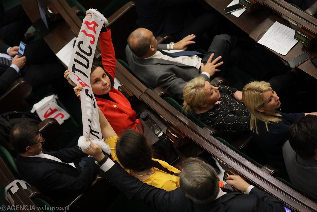 Drugi dzień 2 posiedzenia Sejmu X kadencji