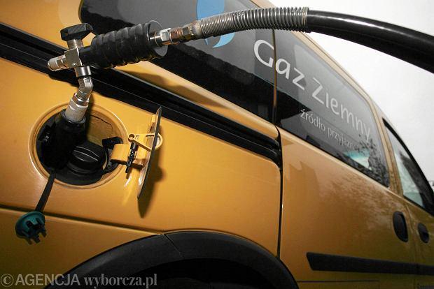 CNG - samochód na gaz ziemny. Czy to się opłaca?