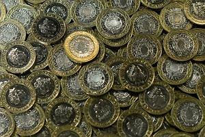 Kurs funta i dolara w górę. W lutym złoty się osłabia