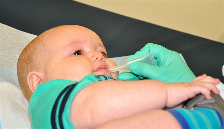 Darmowa szczepionka na rotawirusy ma się znaleźć w kalendarzu szczepień obowiązkowych na 2019 rok. Tego chcą Rada Sanitarno-Epidemiologiczna i Pediatryczny Zespół do spraw Szczepień przy Ministrze Zdrowia