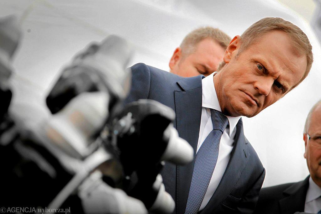 Donald Tusk podczas otwarcia Targów Górnictwa i Energetyki w Spodku