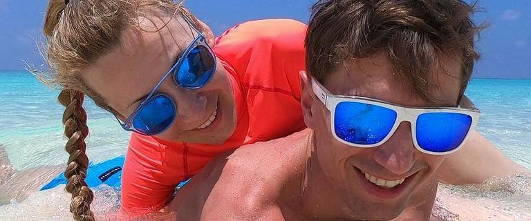 Ewa i Kamil Stoch na rajskich wakacjach. Zdjęcia robią wrażenie, ale hashtagi też są ciekawe