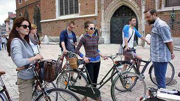 Cyklolekcja - lekcja bezpiecznej jazdy rowerem po mieście.