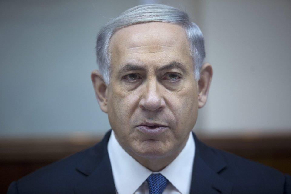 Israels Prime Minister Benjamin Netanyahu chairs the weekly cabinet meeting in Jerusalem, Sunday, Feb. 15, 2015. (AP Photo/Abir Sultan)
