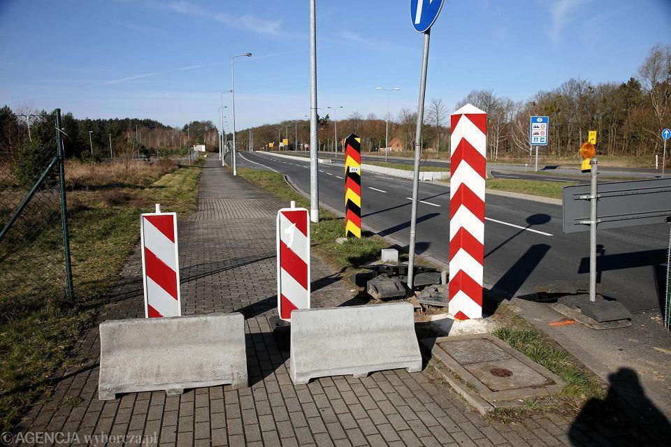 Przejście graniczne Lubieszyn-Linken w związku z pandemią koronawirusa zostało całkowicie zamknięte. Polacy korzystali z niego dojeżdżając do pracy