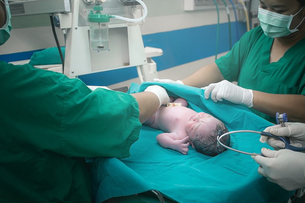 W USA urodziło się dziecko z przeciwciałami COVID-19- to pierwszy taki znany przypadek twierdzą lekarze