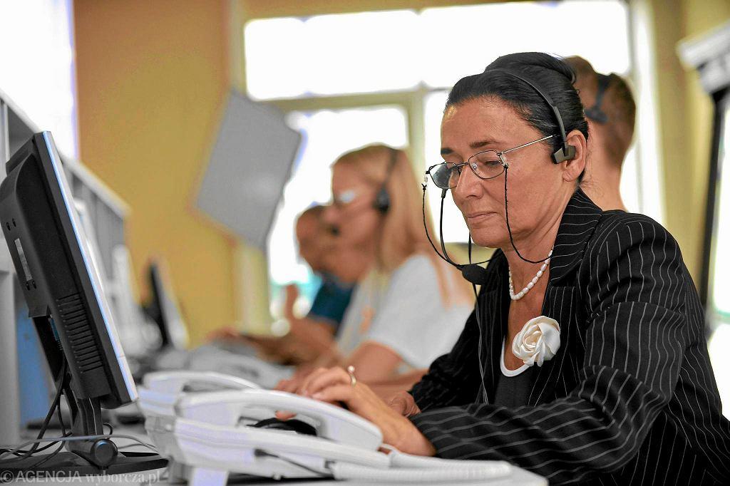 Prof. Alicja Chybicka w call center Platformy
