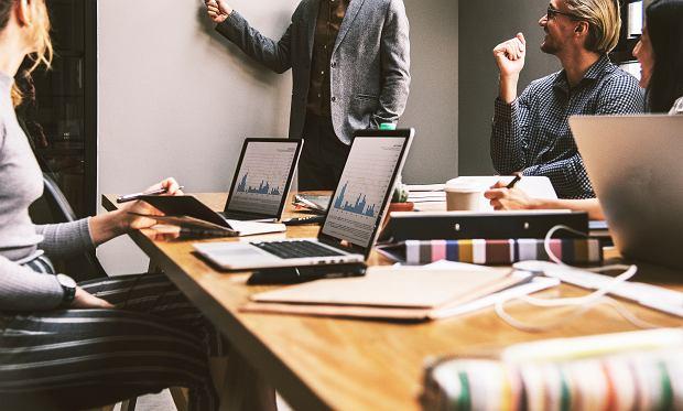 6 pytań, które musisz sobie zadać, zanim zmienisz pracę