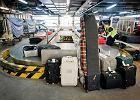 A jak zgubisz bagaż, lot bądź pociąg się opóźni? Tłumaczymy, co robić, by dostać odszkodowanie