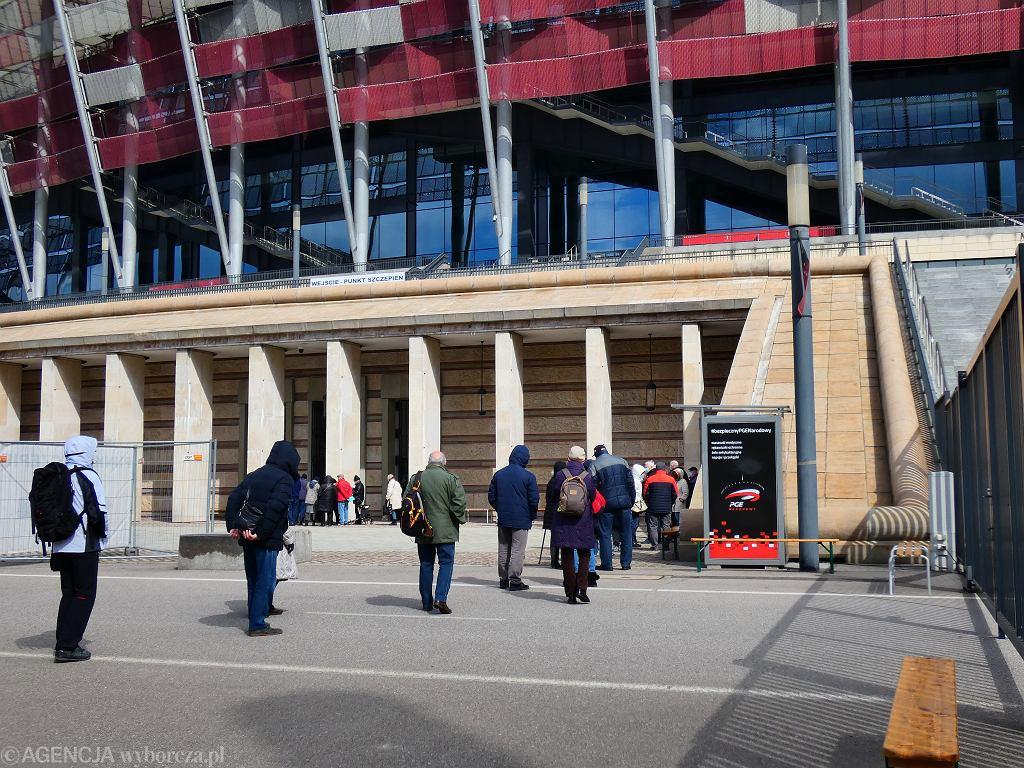 Szczepienia przeciw Covid-19 na Stadionie Narodowym