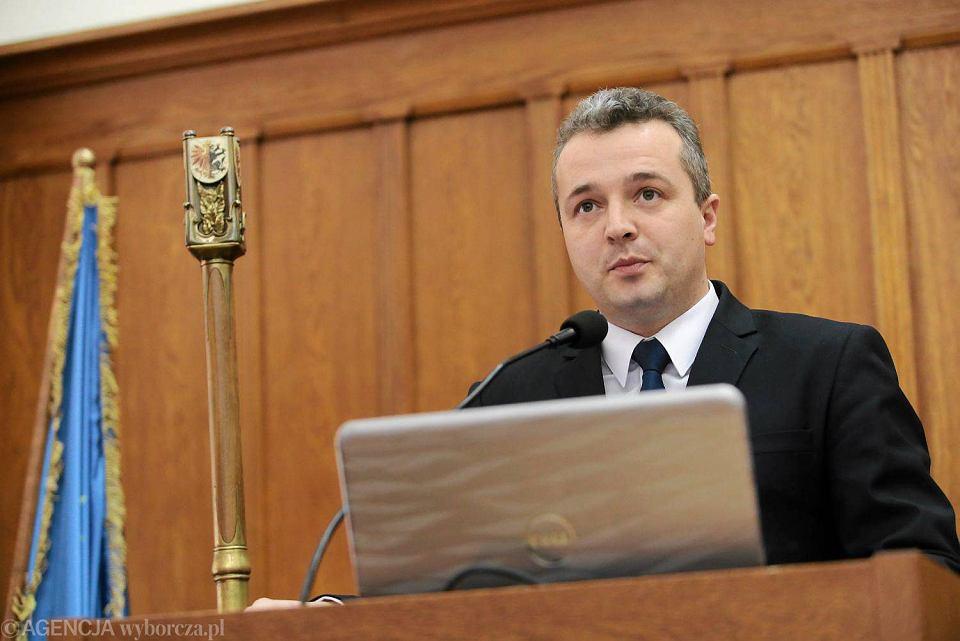 Sesja sejmiku województwa kujawsko-pomorskiego, na której przyjęto stanowisko w sprawie ustanowienia św. Jana Pawła II patronem regionu