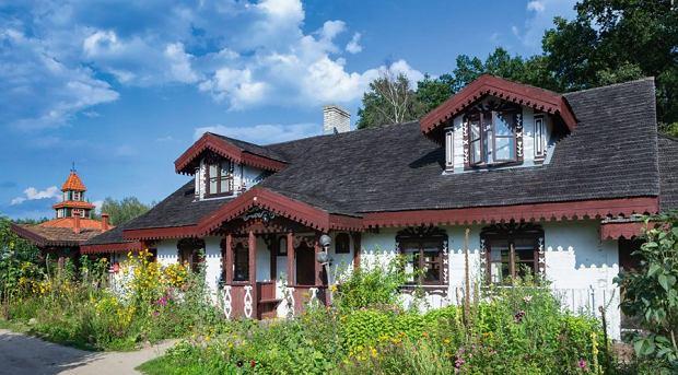 Relaksu szukajcie w'Ziołowym Zakątku' wKorycinach. Poczujecie się tam jak na wsi sprzed 150 lat.