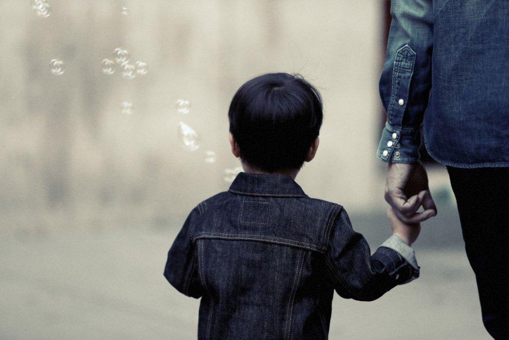 Dziecko stosunkowo od niedawna ma podmiotowość i widziane jest jako autonomiczny, odrębny człowiek, który ma swoje potrzeby, emocje (fot. Pixabay.com)