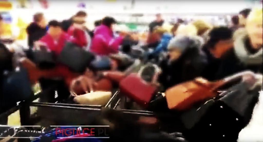 Walka o torby w Lidlu