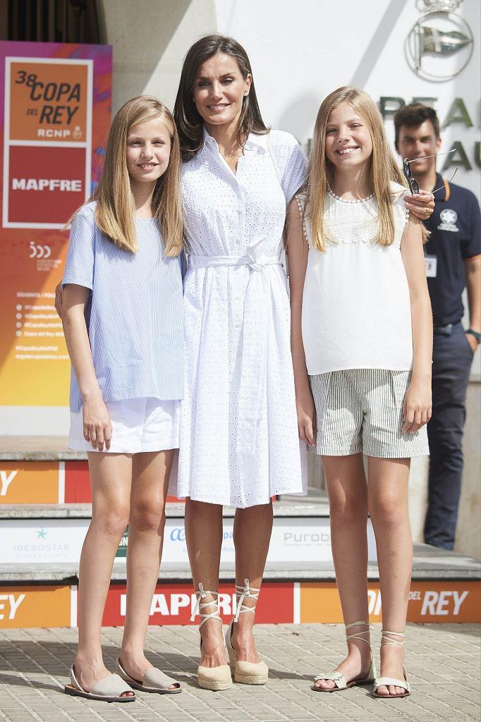 Królowa Letycja z córkami