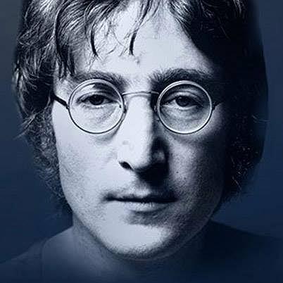 Pewien szczęśliwy Brytyjczyk wśród kolekcji płyt trzymanych przez siebie na strychu odnalazł  list Johna Lennona skierowany do Królowej Elżbiety II. Znalazca może mówić o szczęściu nawet jeśli nie jest wielki fanem ?Czwórki z Liverpoolu?, gdyż jego odkrycie warte jest 60 tys. Funtów!