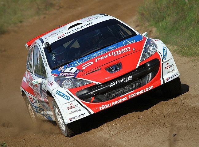 Po siedmiu odcinkach specjalnych Rajdu Polski Michał Bębenek zajmuje 7. pozycję w klasyfikacji generalnej