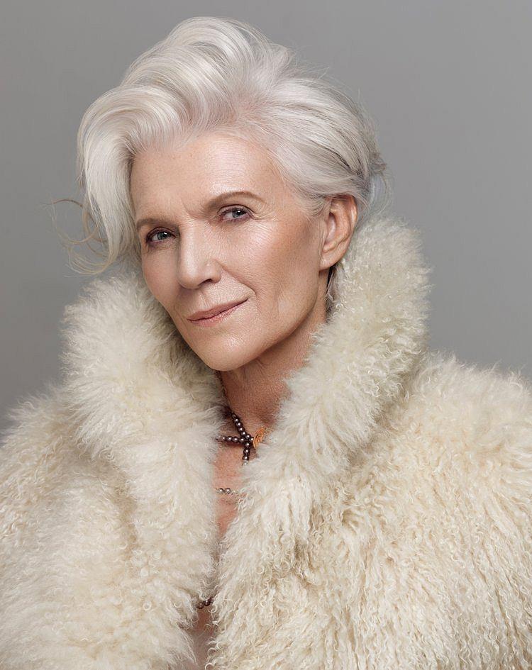 Maye Musk - portfolio 68-letniej modelki