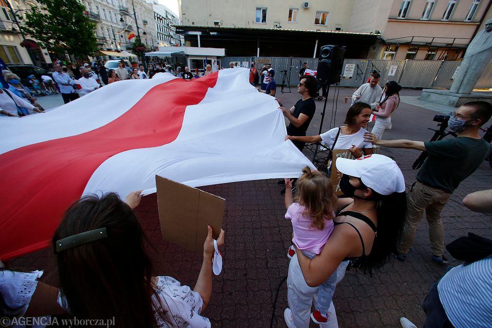 Białorusini w Łodzi po raz kolejny organizują akcję solidarności z Białorusinami, walczącymi w ich kraju z reżimem