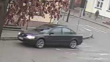 Auto sprawców napadu na kantor w Piszu