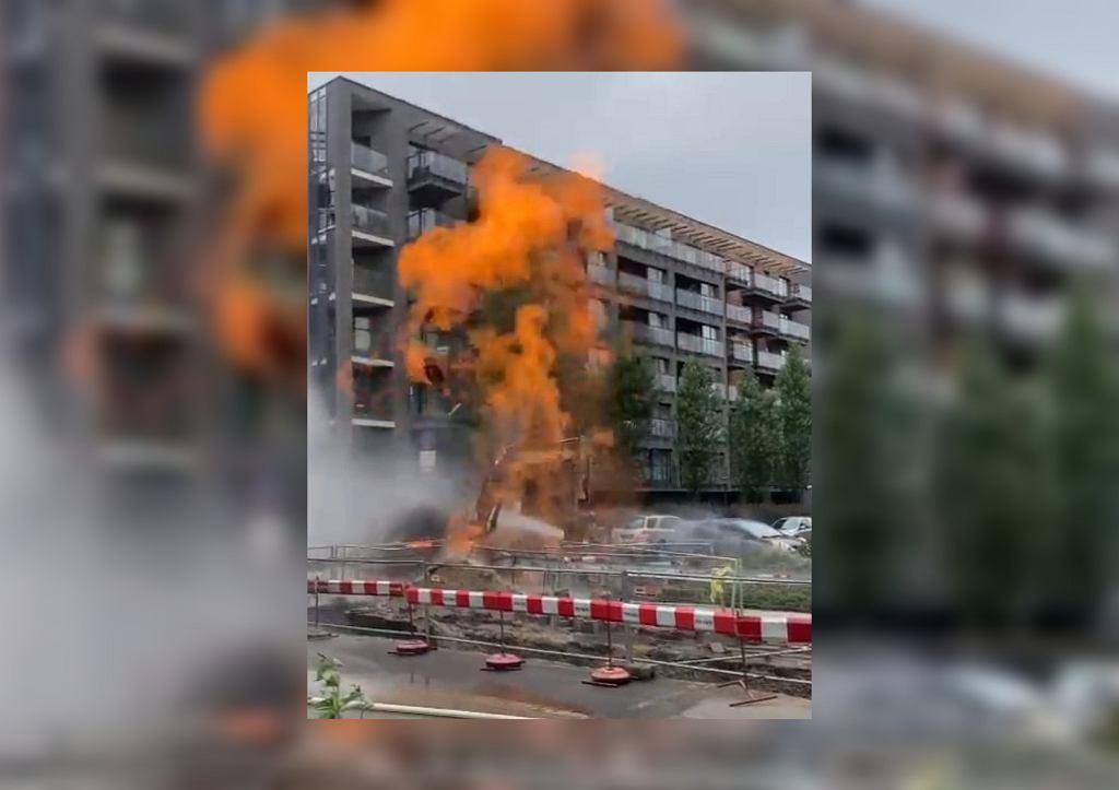 Wrocław. Pożar gazociągu. Ogień wystrzelił na kilkanaście metrów
