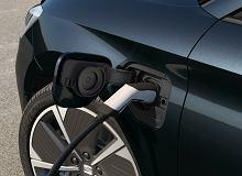 Kompaktowa hybryda plug-in w praktycznym wydaniu. SEAT Leon e-HYBRID łączy świetne wrażenia z jazdy i oszczędność