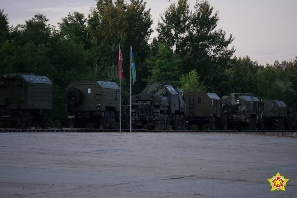 Udostępnione przez białoruskie ministerstwo obrony zdjęcie jednego z pierwszych eszelonów rosyjskiego wojska, przybyłego na ćwiczenia Zapad-21