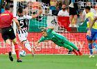 """Były bramkarz Juventusu ocenił błędy Szczęsnego. """"Nie ukrzyżujcie go"""""""