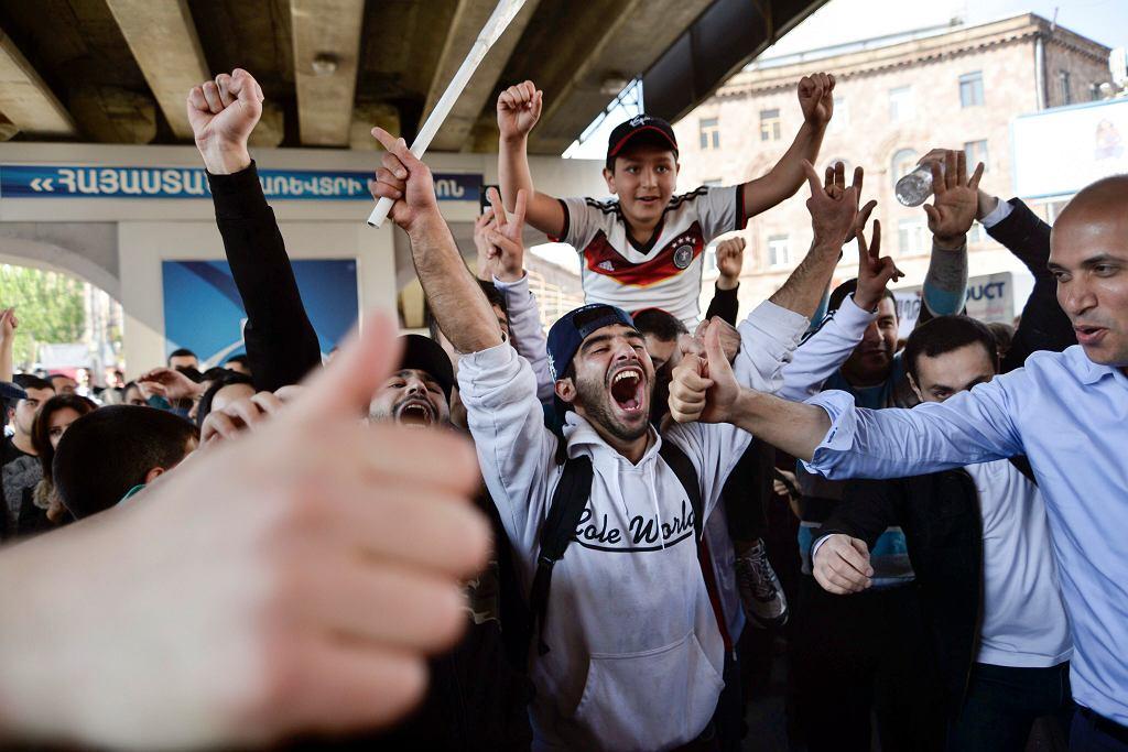 Radość na ulicach Erywania