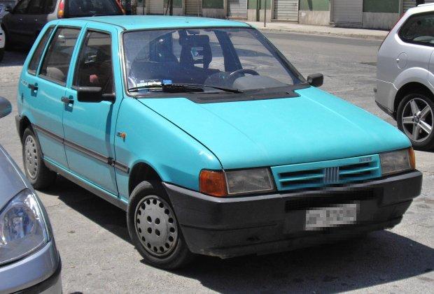 Fiat Uno w pełnej krasie