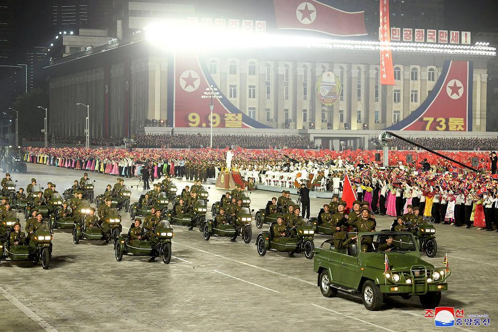 Nocna parada w Korei Północnej