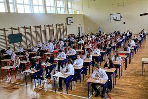 Dyrektor LO w Warszawie: Klasyfikacja uczniów była zagrożona. Teraz jest szansa