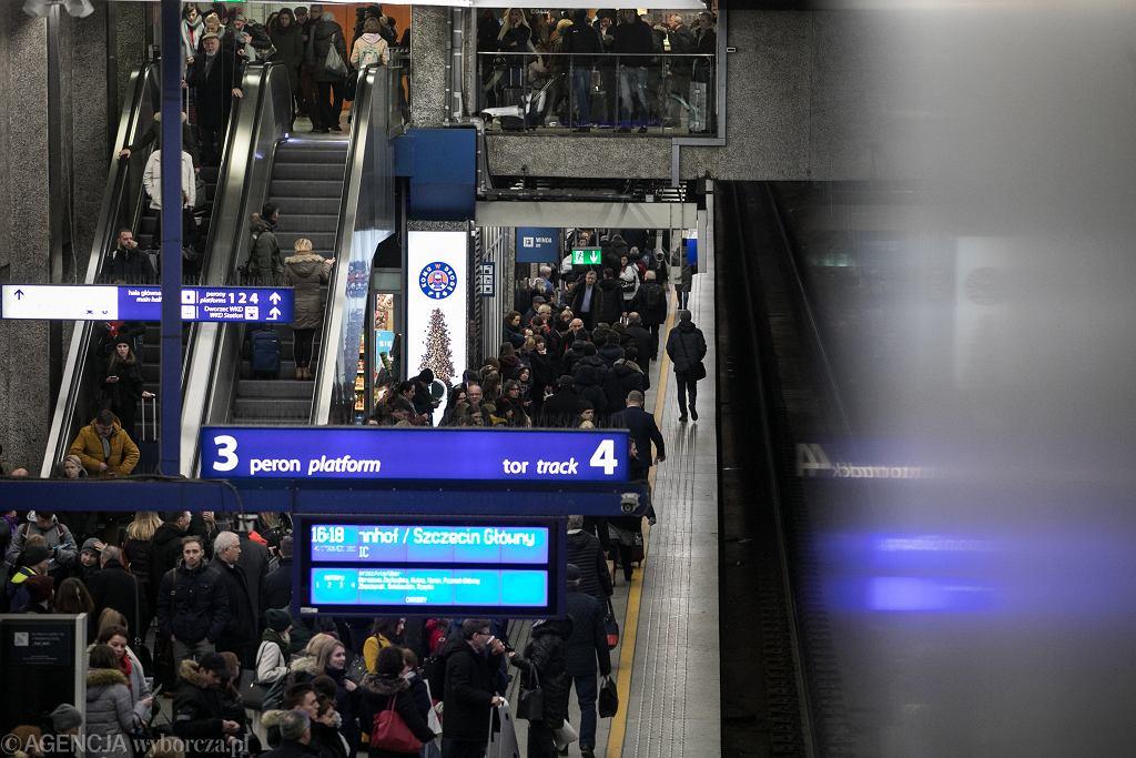 Warszawa Centralna. Zdjęcie ilustracyjne