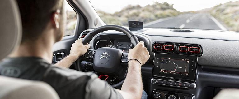 Zupełnie nowy model ubezpieczenia, który chroni samochód, kierowcę i nie tylko