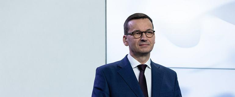 Media: Morawiecki wstrzymuje wypłatę trzynastek i nagród w ministerstwach
