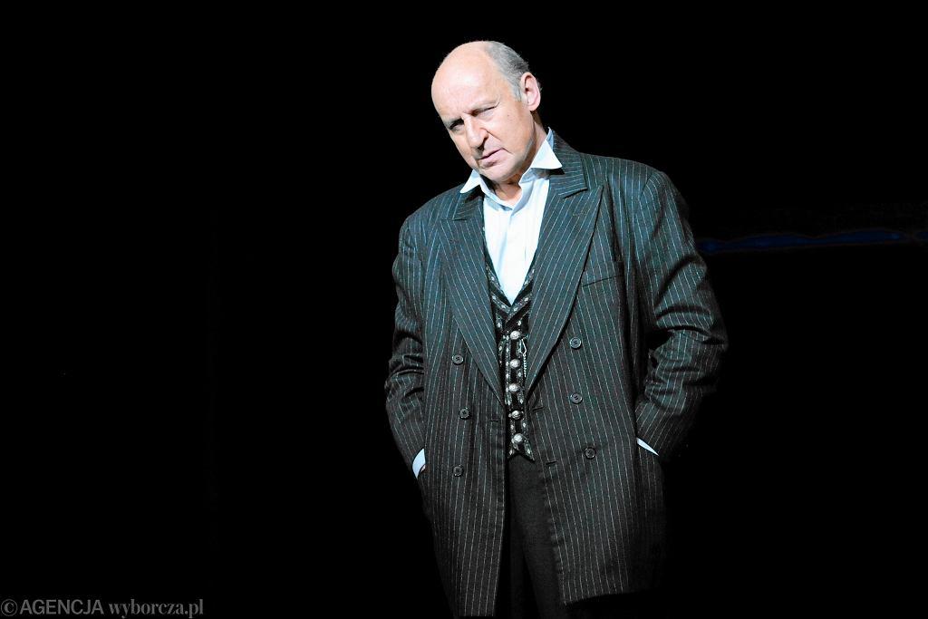 Piotr Fronczewski musi przejść kolejną operację. Aktor nie wyraża na to zgody