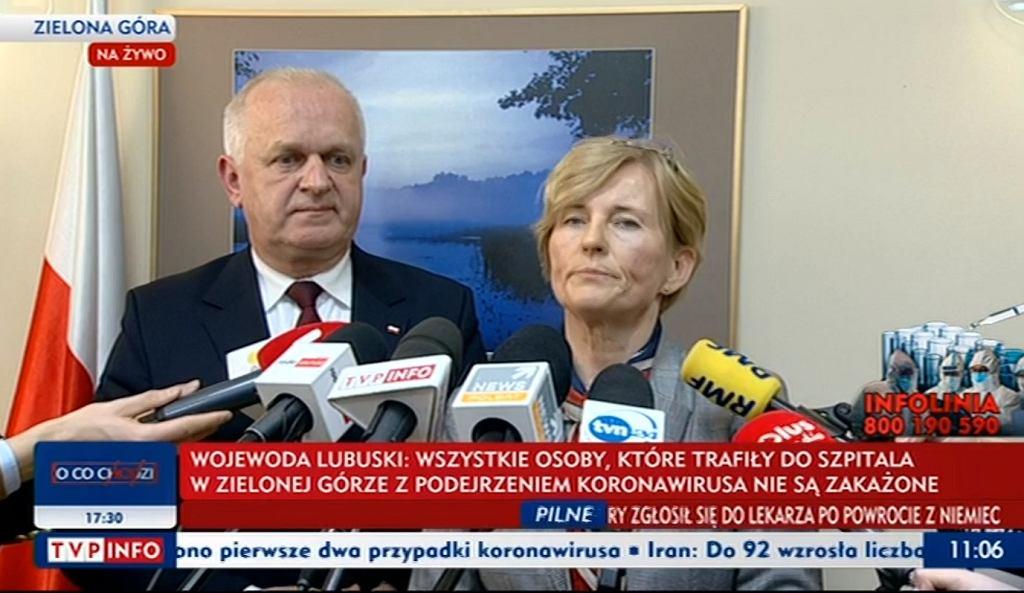 Wojewoda lubuski podczas konferencji prasowej