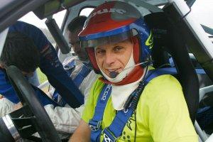 Samochody: jazda z Kuzajem