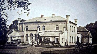 Pałac w Barzynie w latach świetności. Zabytek datuje się na 1693 r.