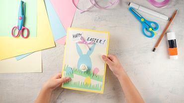 Kartki wielkanocne DIY. Zdjęcie ilustracyjne