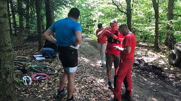 Akcja ratunkowa GOPR w Beskidach. Na szlaku do Czartaka zmarł rowerzysta